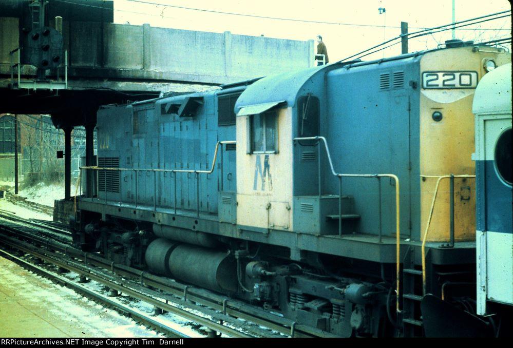 LI 220 on an Oyster Bay train